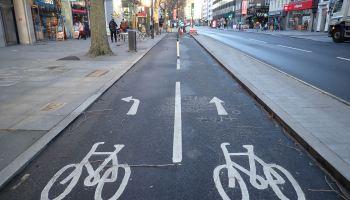 Cycle symbols on road