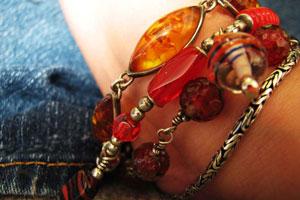 business-idea-bracelets