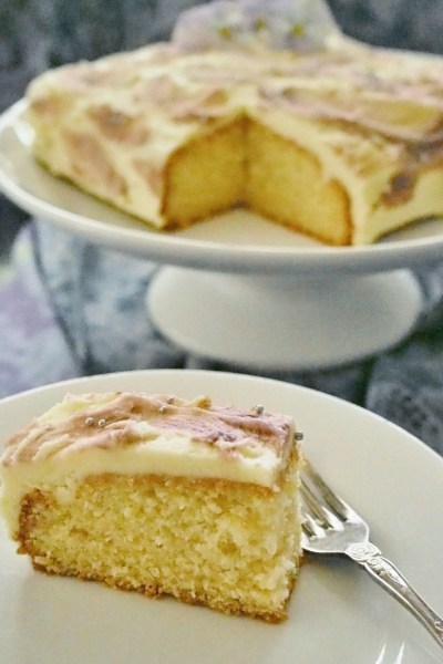 Simple vanilla butter cake