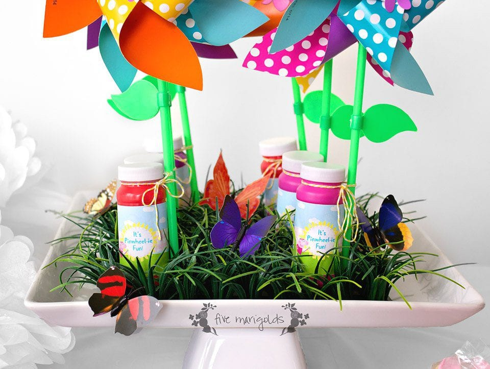 It's Pinwheelie Fun Birthday Favors + Free Printable | Five Marigolds