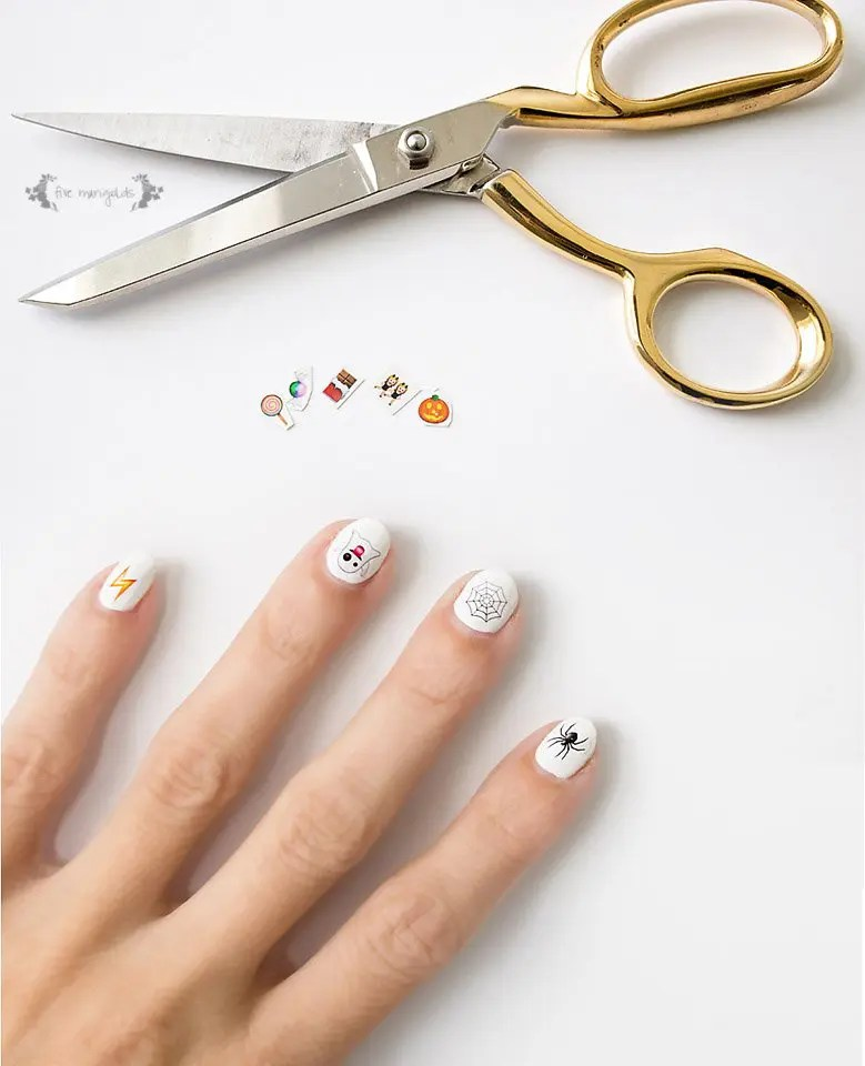 Halloween Emoji Nail Art - Five Marigolds
