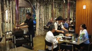 Seoul-Itaewon-bars-restaurants