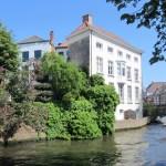 Europe-Belgium-canal-restaurant-hotels-Bruges-Medieval-Buildings-Cobblestone-Streets