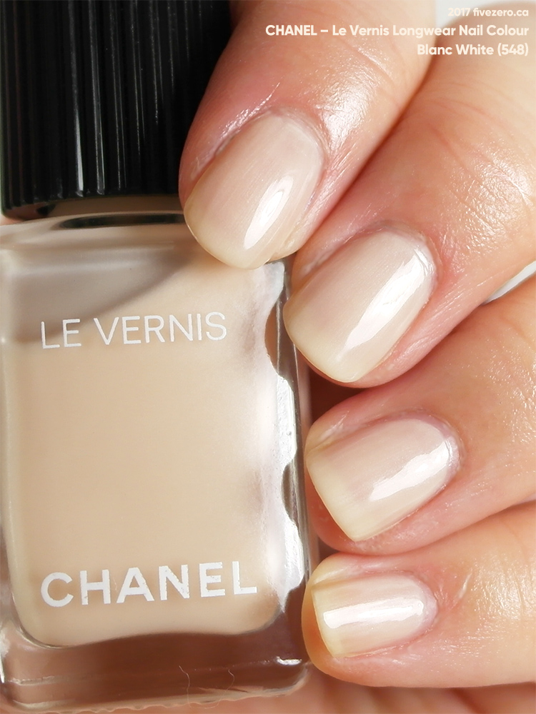 Chanel Le Vernis Longwear Nail Colour in Blanc White (548), swatch