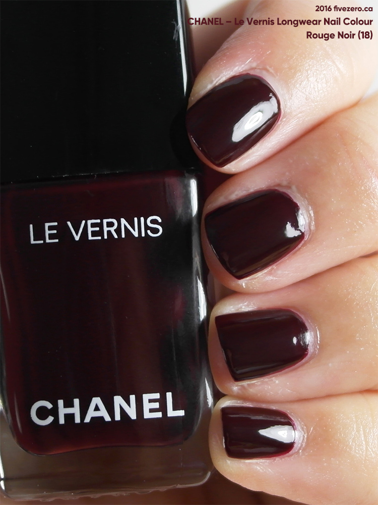 Chanel Le Vernis Longwear Nail Colour in Rouge Noir (18), swatch