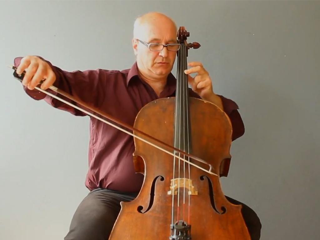 Retrato del violoncellista español Arturo Muruzábal