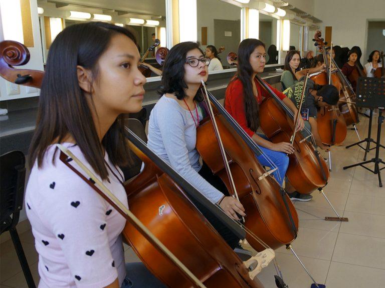 Clase grupal de violoncello FIV León 2017