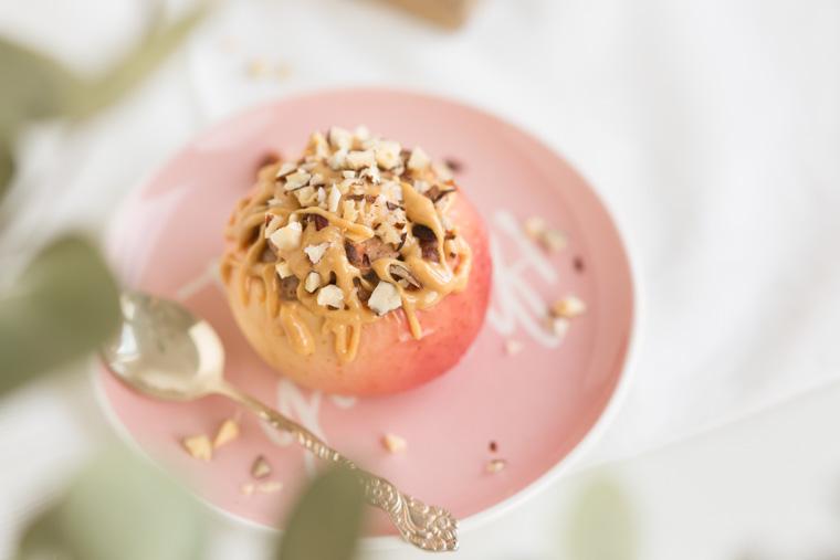 cheesecakefyllda-applen-anna-winer-05-jpg.jpg