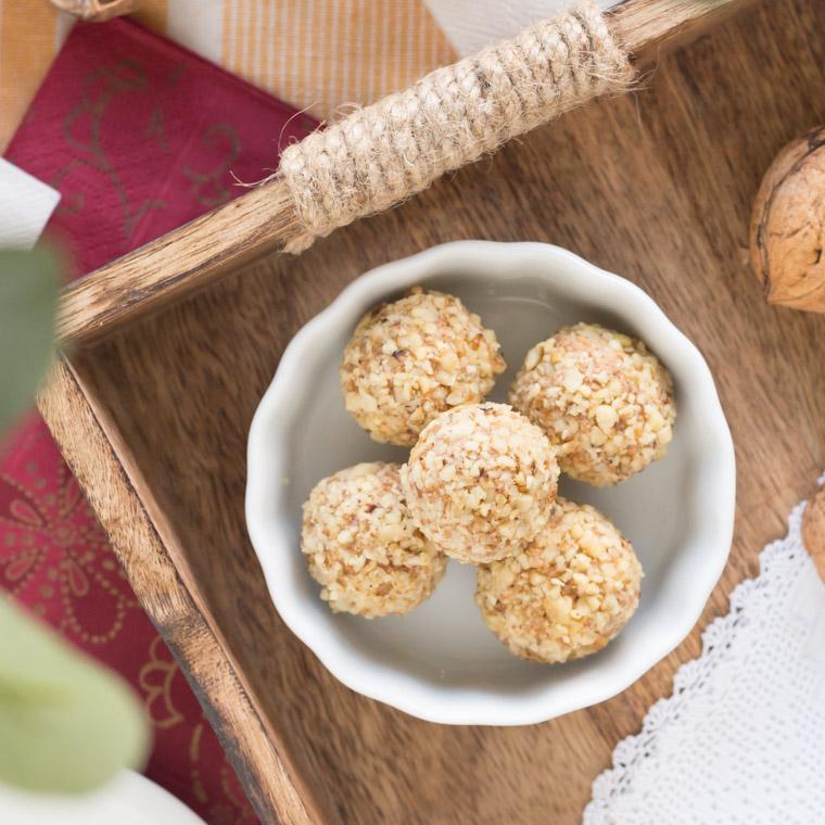 morotskaka-som-bollar-utan-ugn-av-anna-winer-03-jpg.jpg