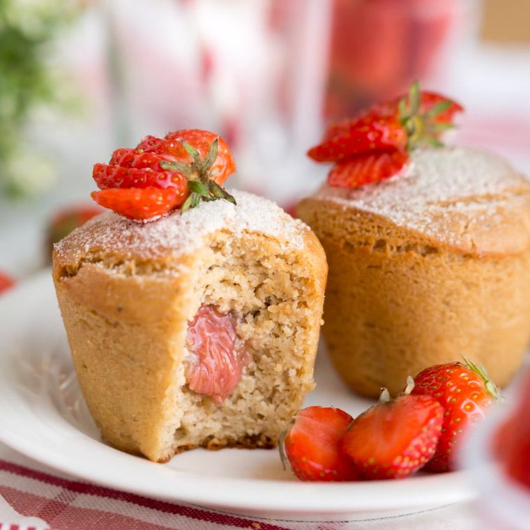nyttiga-veganska-och-glutenfra-rabarbermuffins-av-anna-winer-03-jpg.jpg