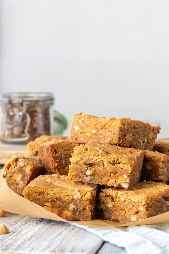 Fixed on Fresh - Butter Pecan Blondies