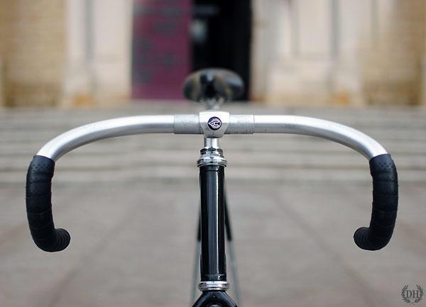 Restauration d'un vélo de piste par Dead is Hype