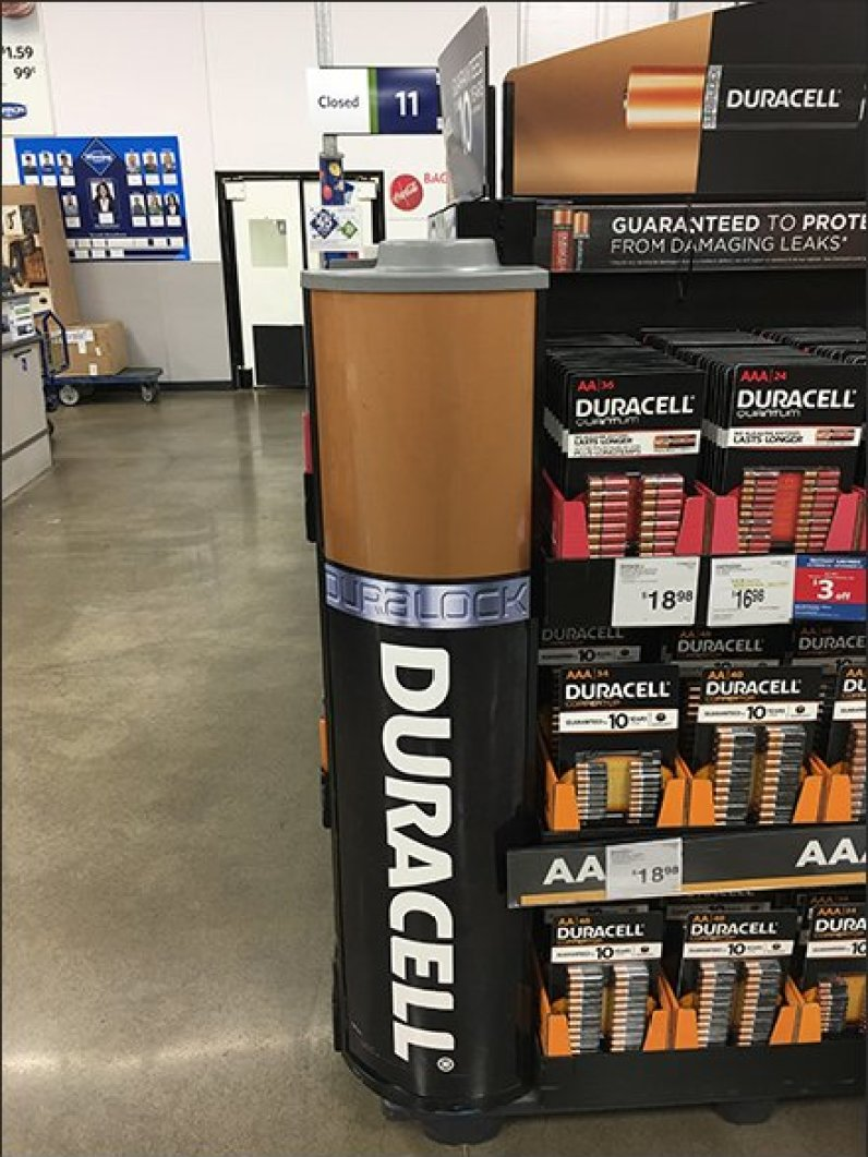Duracell Coppertop Copper Sided Endcap Display 3