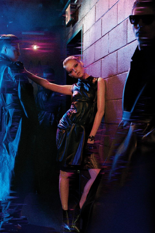 Emma Stone's Blade Runner Photoshoot (5)
