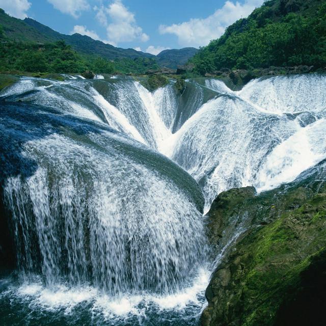 stunning waterfalls (10)