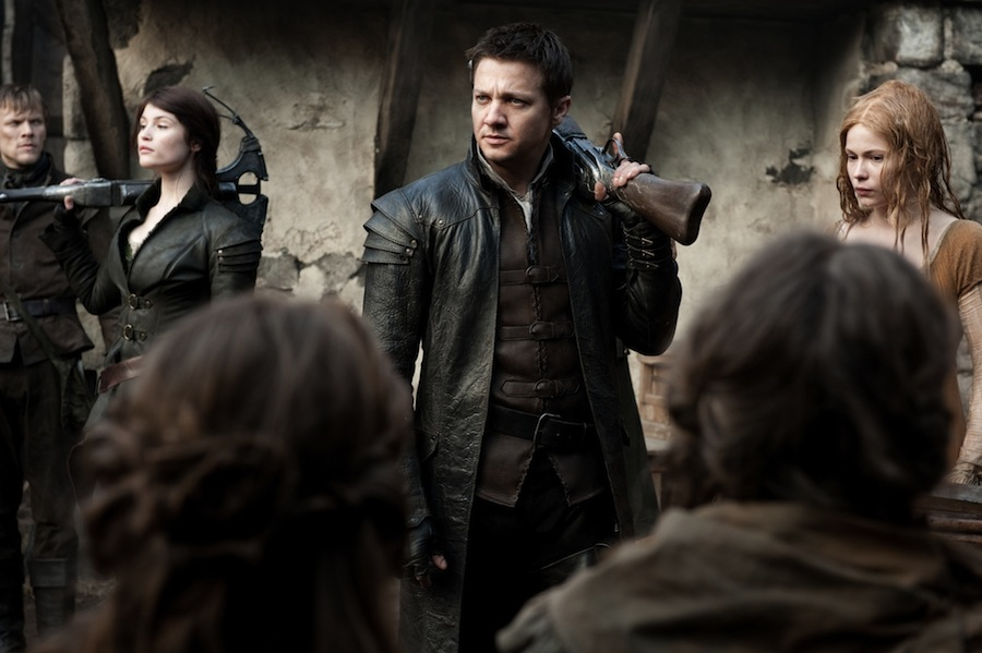 HANSEL & GRETEL: WITCH HUNTERS - New Preview