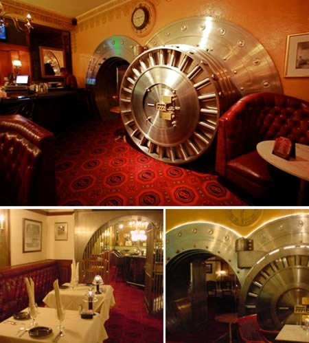 a98481_restaurant_2-vault