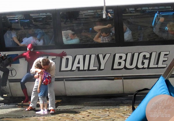 amazing-spider-man-2-set-photo-bus-600x417