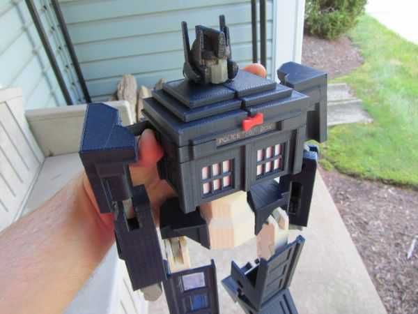TARDIS Optimus Prime Transformer