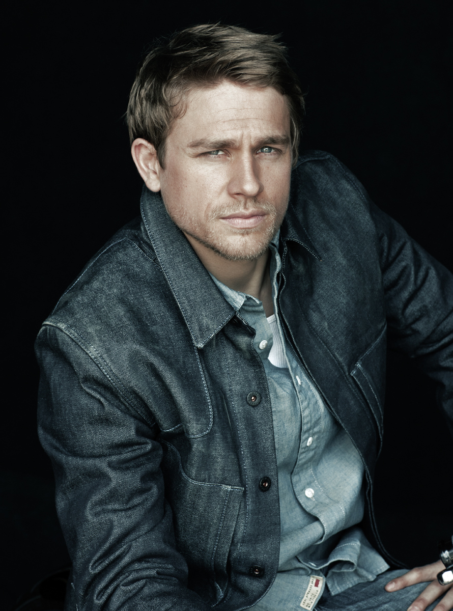 Charlie Hunnam Cast in Fifty Shades of Grey
