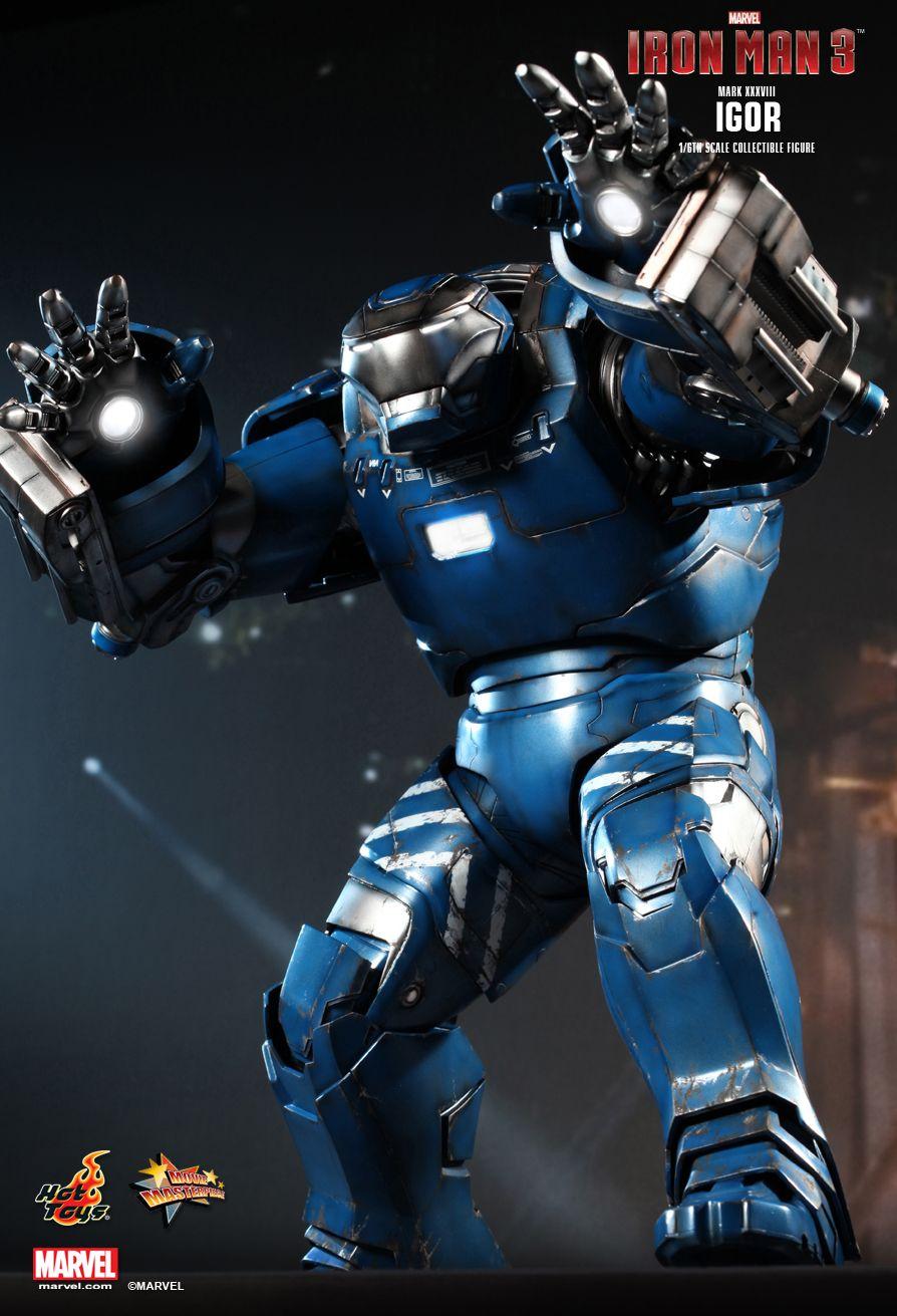 Hot Toys Iron Man 3 IGOR Armor Figure