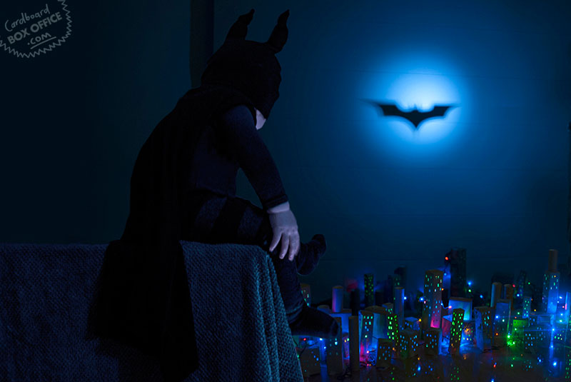 dark_knight-parents-recreate-movie-scenes-with-baby-son-and-cardboard