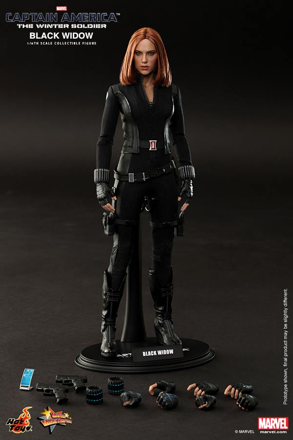Black Widow Hot Toys Collectible Figure