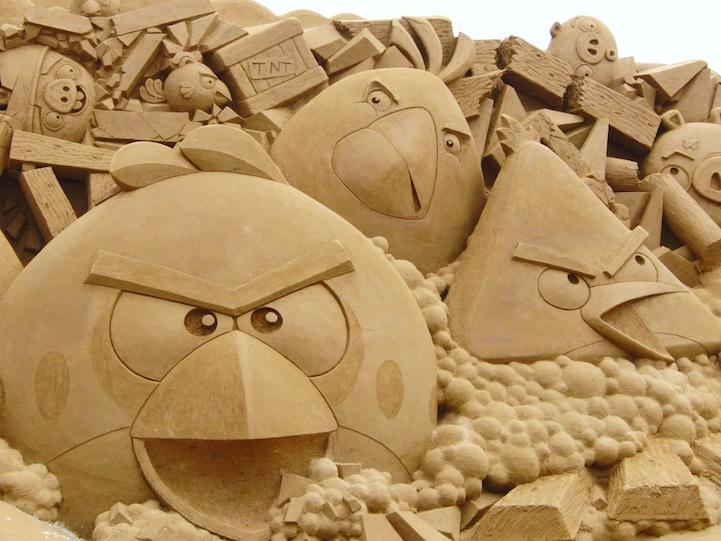 ANGRY BIRDS Sand Art