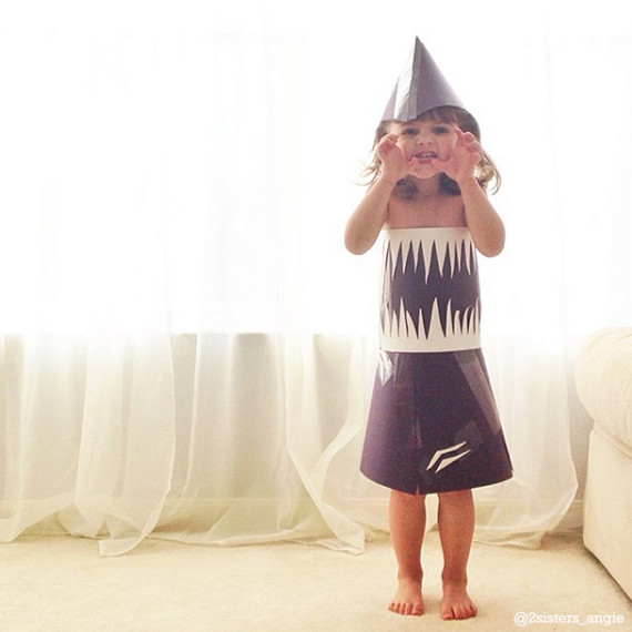 Mother and  4-Year-Old Daughter Create Intricate Paper Dresses