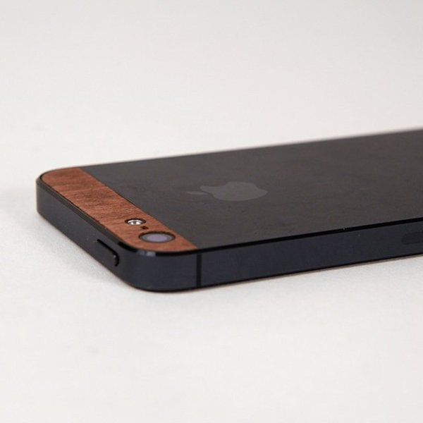 Wooden-iPhone-Replacement-Panels