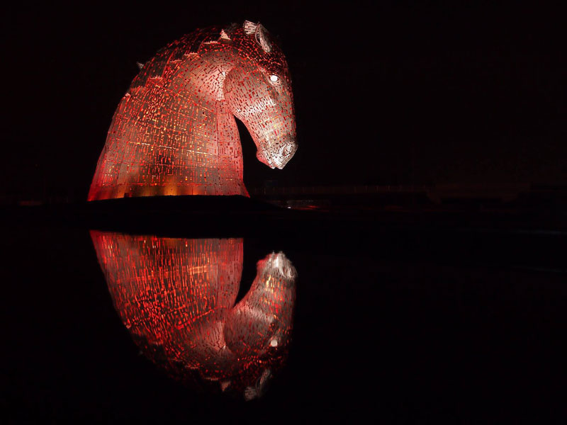 the-kelpies-giant-horse-head-sculptures-the-helix-scotland-by-andy-scott-1