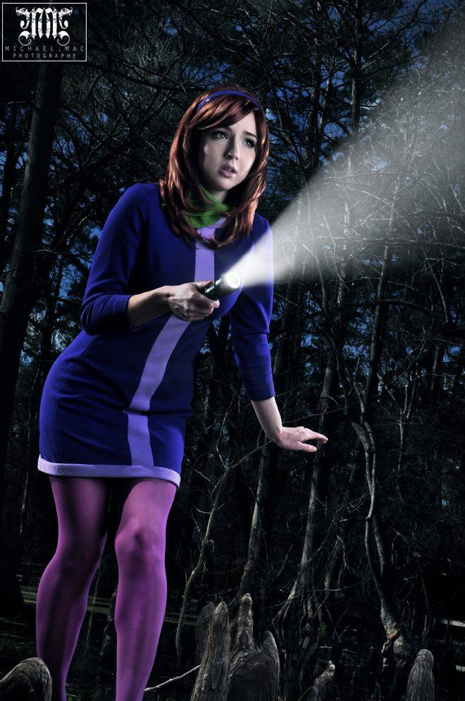Daphne Cosplay by Tracy Collins (3)