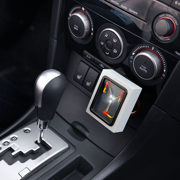 BACK TO THE FUTURE Flux Capacitor Dual USB Car Charger