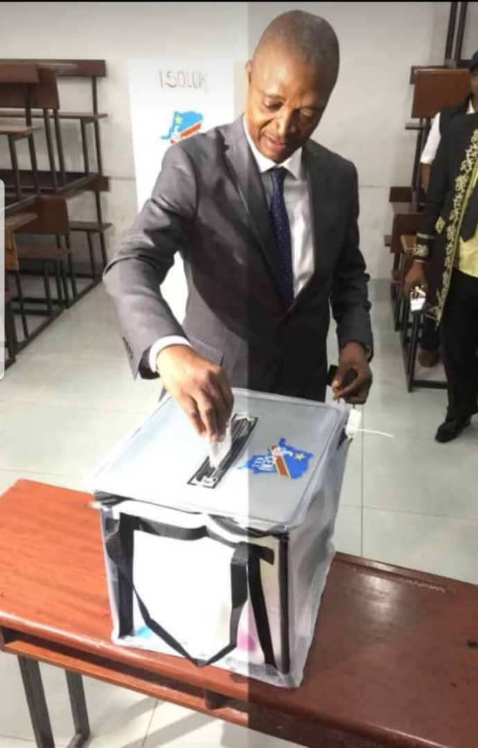 Élection-RDC : Emmanuel Ramadhan Shadary alipo chaguwa,uyo amedai kuwa ni wajibu na haki kwa kila mkongomani kuchaguwa yule aliye mtaka