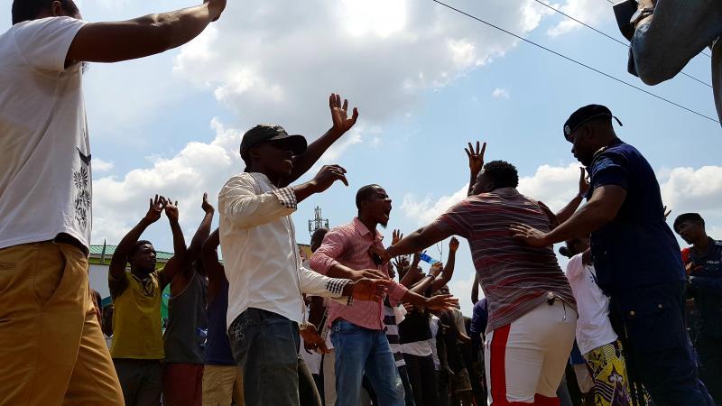 Partage des postes au Sud - Kivu : Un député pris à partie par des manifestants