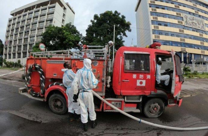 RDC-Coronavirus: désinfection du centre névralgique de Kinshasa avant un congrès parlementaire