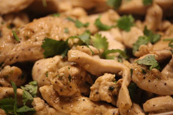 Stir Fried Chicken with Lemon Grass & Black Pepper