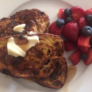 plated-french-toast-breakfast