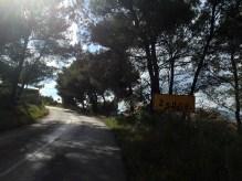 Steep road up to Zedno