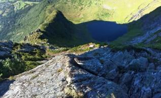 View down the ridge (1/2)