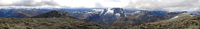 Main summit panorama (1/2)