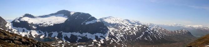 Natakupa massif