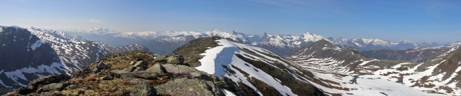 Mannefjellet S panorama (2/2)