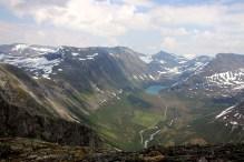 Holedalen and Holedalsvatnet