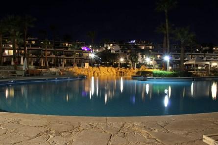 Pool view (I)