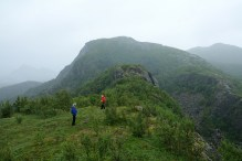 Along the ridge - in the direction of Guromannen