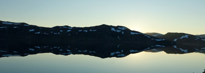 Along lake Tyinvatnet
