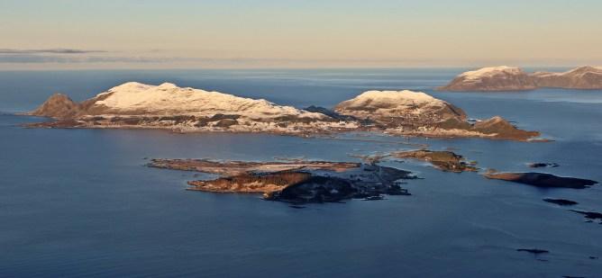Sandsøya and Voksa
