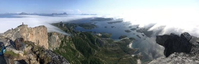 Wide-angle view from Rødøyløva