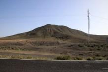 Towards Morro de la Cruzada (behind this ridge)